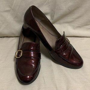 Antea Burgundy Block Heel Loafer